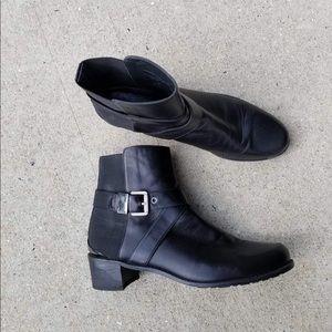 Stuart Weitzman Bucke Strap Ankle Boots 11